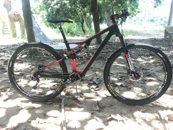 Carbon Suspension Bicycle 29er Mountain Bike Carbon Complete Suspension Bike $2050.00