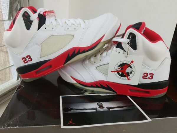AIR JORDAN 5 RETRO 2006 WHITE / FIRE RED 136027 162 MENS 8.