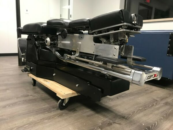 Chiropractic Table Zenith 460 Thompson Vertilift Hylo New Compresor