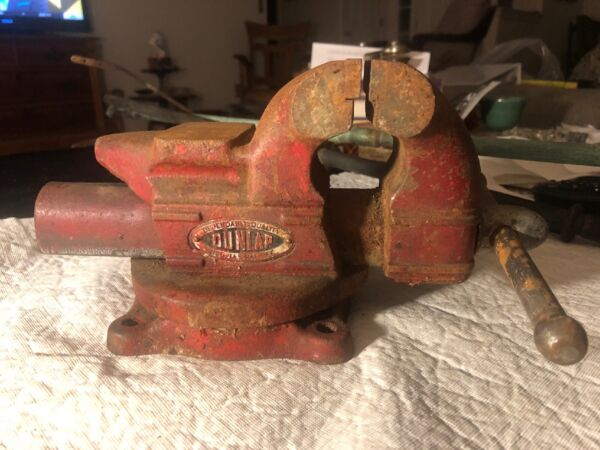 VINTAGE DUNLAP 3.5'' JAWS SWIVEL ANVIL BENCH VISE No. 5244 MADE IN USA