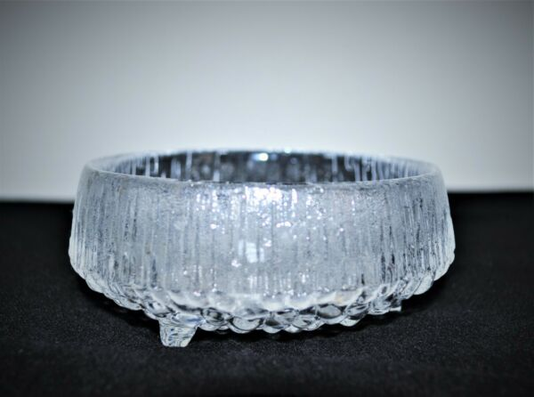 IITTALA ULTIMA THULE 4 1 4quot; THREE FOOTED BOWL $12.99