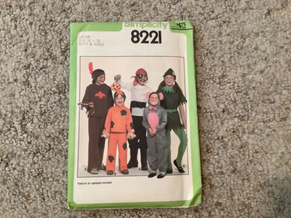 Simplicity SEWING PATTERN 8221 Boys Girls PIRATE ELF Costumes SIZES 10 12 UNCUT