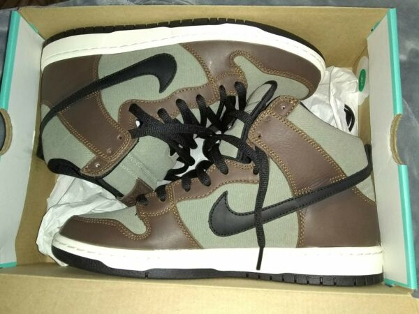 Nike SB Dunks Brown Size 9 Authentic 100%