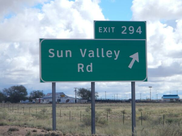 SUN VALLEY, AZ - 1.25 ACRES - LOW MONTHLY PAYMENTS