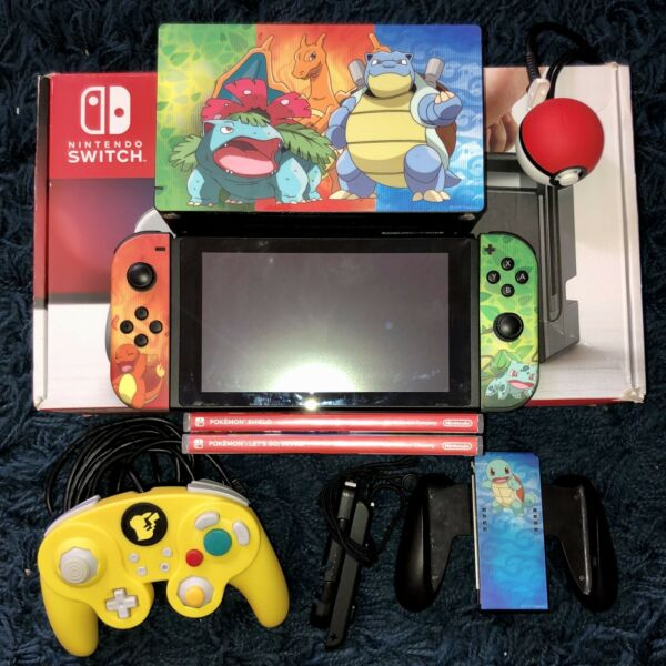Nintendo Switch Console Bundle-with Pokémon Shield and more!!!