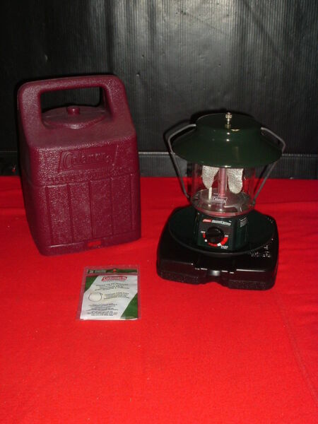 PRE OWNED COLEMAN 2 MANTLE PROPANE LANTERN ELECTRONIC IGNITION w CASE #5154B700 $34.99