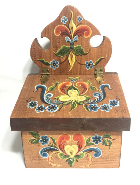 """Pine Wood 70's Box Floral Hand Painted Large Box 10""""Tall"""