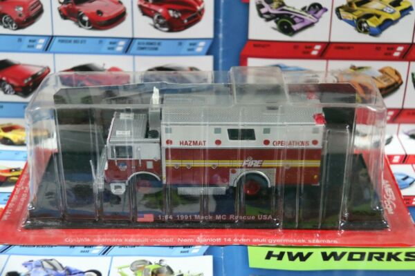 Amercom COLLECTION 1 64 1991 Mack MC Rescue USA FIRE DEPARTMENT F.D.N.Y
