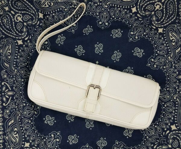 Burberry White Pebbled Leather Clutch Wristlet Bag S 03 2 Italy $120.00