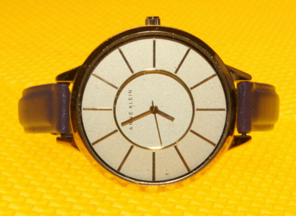 Women#x27;s ANNE KLEIN quot;AK 1500quot; Quartz Watch Leather Band lt;VGUgt;