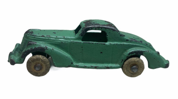 Antique Cast Iron coupe Car Hubley? Green