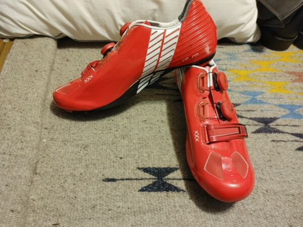Bontrager Xxx Lite Carbon Road Cycling Shoes 44 Euro 11 US RED with Shoe Bag $124.95