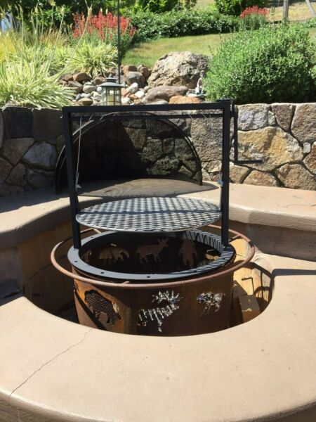 Fire pit barbecue attachment Santa Maria style Crank style Adjustable grate