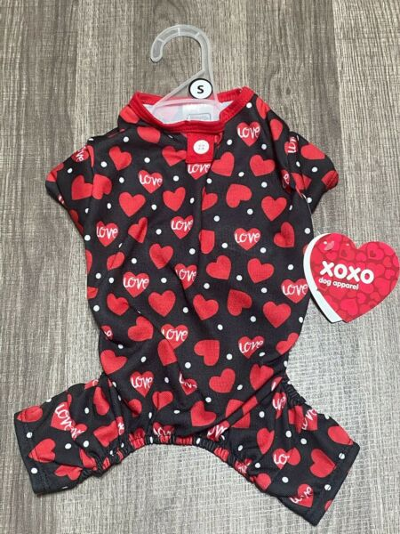 Simply Wag Dog St Valentine Pajamas Of Hearts SMALL $15.00