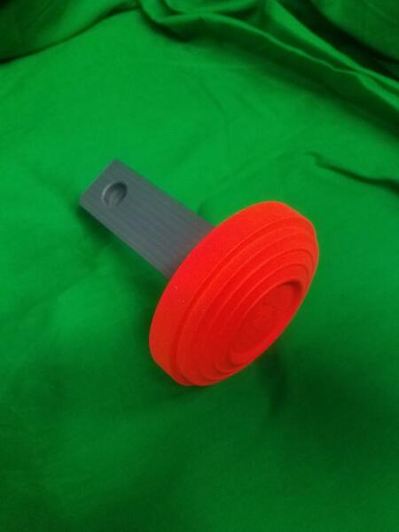 NEW ORANGE TARGET 1#x27; 1 4 X 1#x27; 1 4 HITCH COVER Trap amp; Skeet SPORTING CLAY#x27;S USA. $19.95
