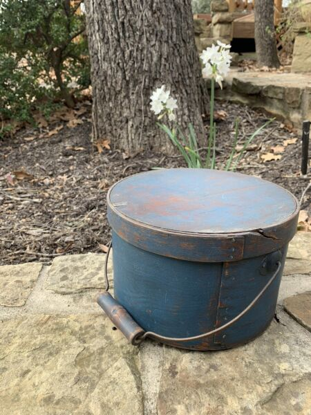 Antique Primitive BEST BLUE PAINT Pantry Box With BALE Handle SMALL
