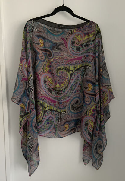 MINT Gorgeous ETRO Floral Poncho Top One Size C $220.00