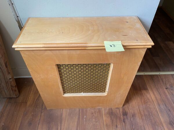 """Wood Radiator Cover APPROX dimensions: L 24 1 2 """" X W 10"""" X H 26"""" Local Pick Up $32.50"""