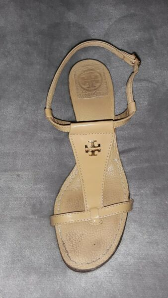 Tory Burch Sz. 7 Camel Patent LEATHER T Strap Sandals 2.5quot; Wood Stack Heel