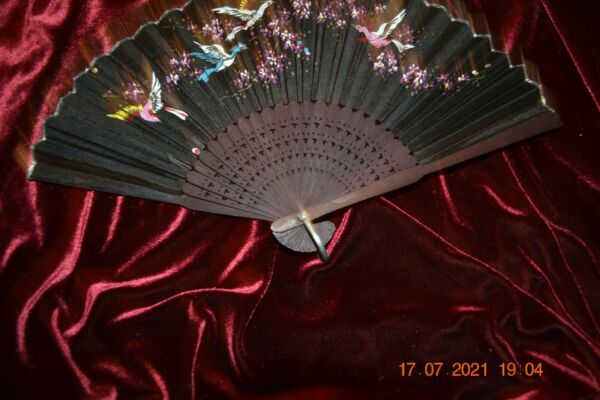 Vintage Child#x27;s Hand Painted Silk Wood Fan w Birds Motif Marked Made in Japan 8 $14.99