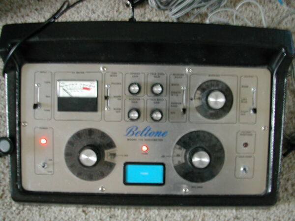 Beltone 112 Audiometer all accessories included Calibrated Oct 2021
