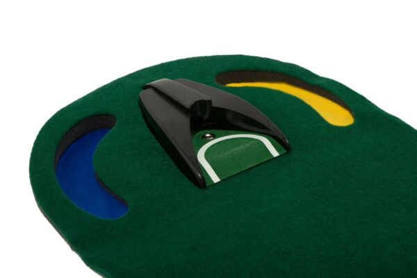 New Large Putting Mat with Automatic Ball Return $24.99