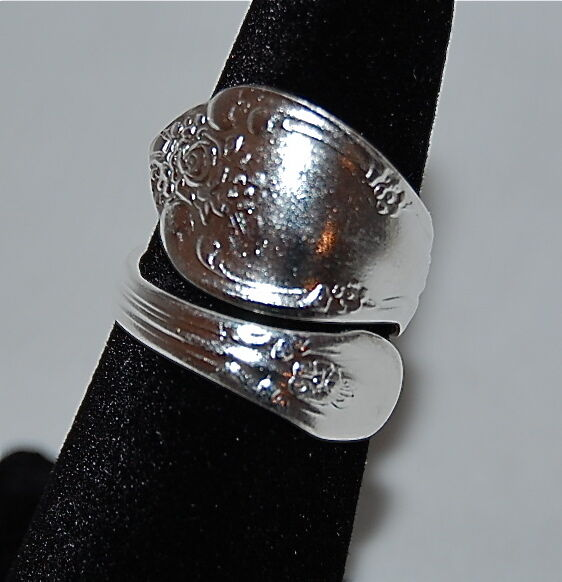 Oneida Vanessa Spoon Right Hand Ring Sterling Silver Plated Adjustable 5 6 7 8