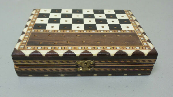 NICE VINTAGE MID-CENTURY INLAID WOOD FOLDING CHESS GAME BOX