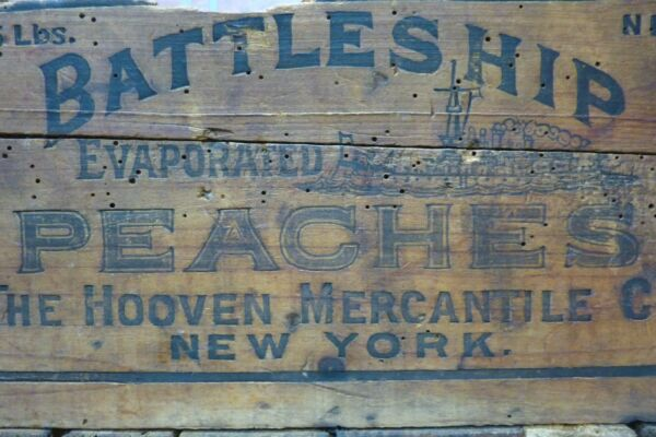 Antique BATTLESHIP PEACHES Wooden Crate Box fabulous design Hooven Merch Co NY