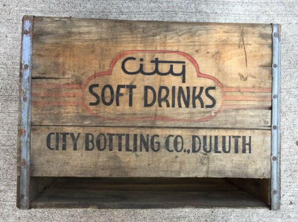 ANTIQUE WOODEN BOX CRATE CITY SOFT DRINKS CITY BOTTLING CO DULUTH MINNESOTA USA