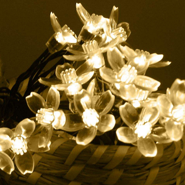 50 LED Solar String Flower Lights Waterproof Xmas Wedding Garden Home Decorative