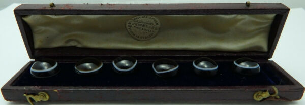 Antique boxed set of 6 onyx studs.