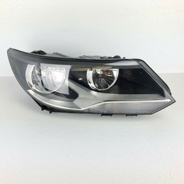 12 13 14 15 16 17 VOLKSWAGEN TIGUAN RIGHT PASSENGER SIDE HALOGEN HEADLIGHT OEM
