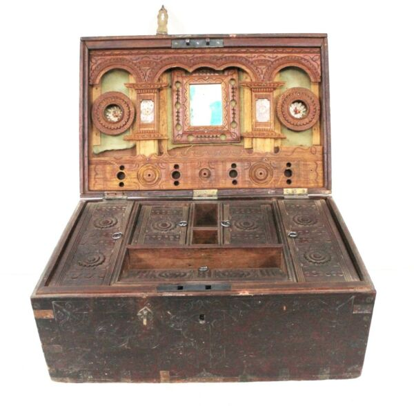 Make Up Jewelry Box Wooden Vintage Handmade Old Rare Collectible India  US438AH