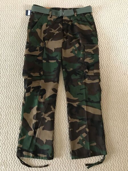 NWT Men#x27;s Swaggers Green Camouflage Camo Cargo Pocket Pants w Belt SIZES 32 42