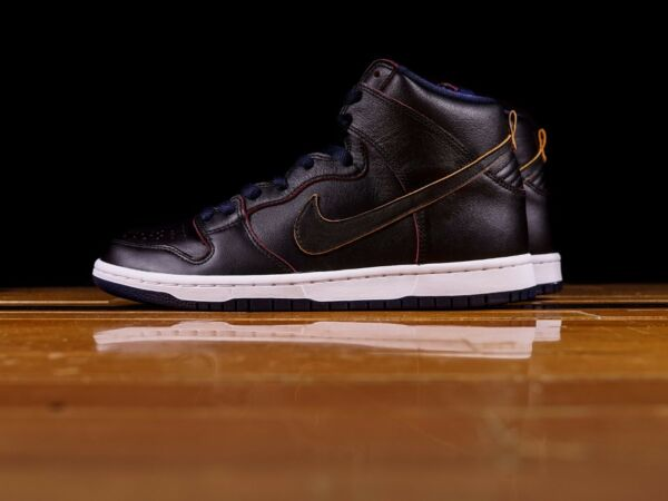 NIKE SB DUNK HIGH PRO NBA CLEVELAND CAVALIERS BLACK COLLEGE NAVY WHITE SZ 6-15