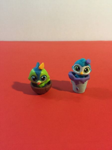 Littlest Pet Shop lot miniature animals with accessories 2 BIRDS in bowl