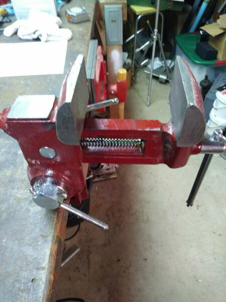 VINTAGE VISE ANVIL TAIWAN MULTI LEVEL PICTURES TILT SWIVEL 27 LBS.