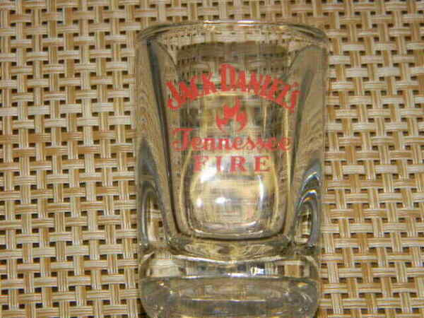 Jack Daniel#x27;s Tennessee FIRE square shape shot glass red colored logo HTF