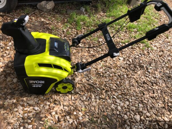 RYOBI RY40860 21 in. 40-Volt Brushless Cordless Electric Snow Blower