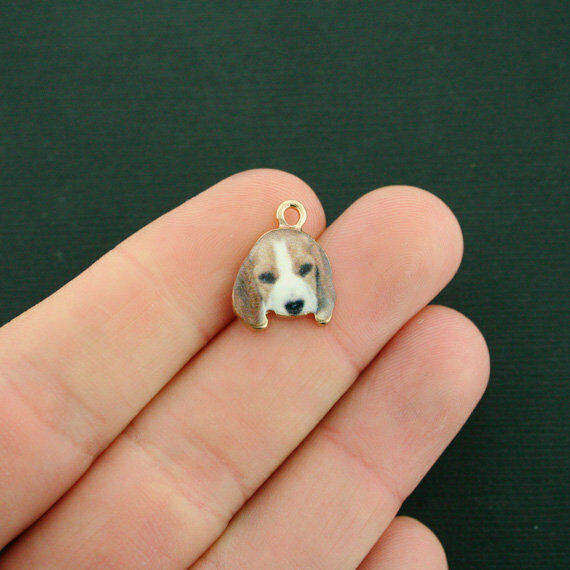 4 Dog Charms Gold Tone Enamel Beagle E617 $3.49