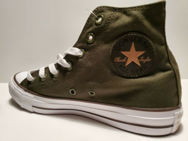 Converse All Star Chuck Taylor High Top Canvas Unisex Size 6 Men /8 Women