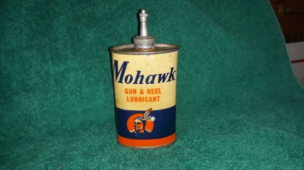 Mohawk Gun & Reel Oil Lubricant Tin Can Handy Oiler Paper Label Shell Box Peters