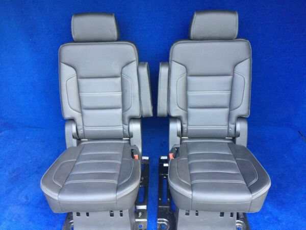 2020 2019 2018 2017 Yukon XL Denali 2nd Row Bucket Seats in Black Leather Power
