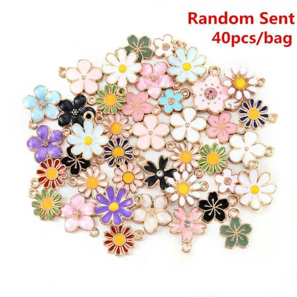 40 pcs Assorted Mixed Enamel Alloy Daisy Flowers Pendant Charms DIY Accessories $3.41