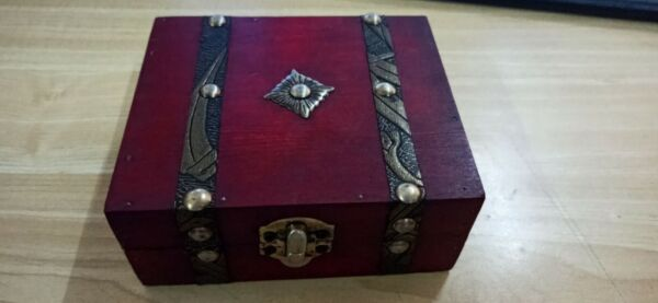 Decorative Trinket Jewelry Storage Box Vintage Wooden Chest Treasure Case Holder