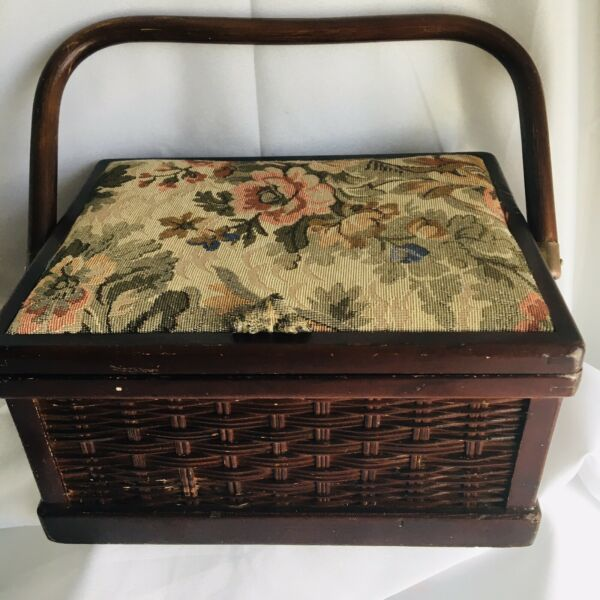 Vintage Wood Sewing Box w Flowery Fabric Top Wood amp; Material On The Inside $31.50