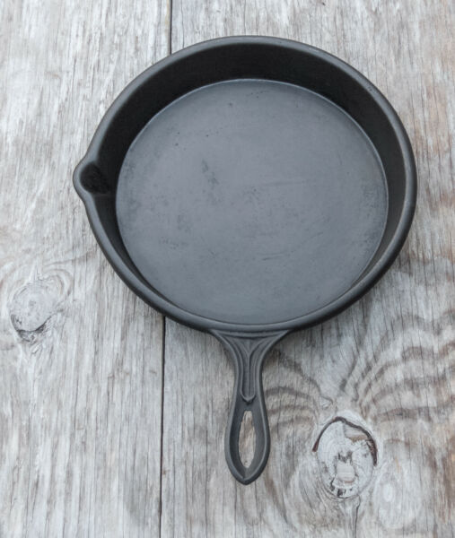 Antique Cast Iron Skillet Fancy Tapered Handle Gate Mark1860 1880