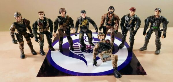 LARGE LOT OF 8 LANARD THE CORPS MODERN ACTION FIGURES
