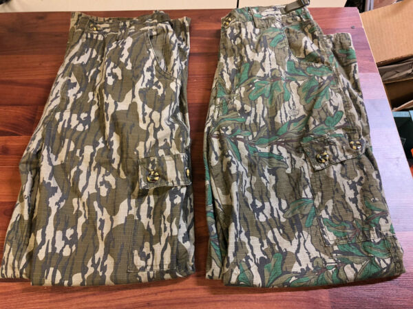 Lot Of 2 Classic Mossy Oak Pants Bottomland And Greenleaf Size Medium Mens